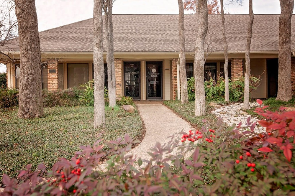 Coppell Cosmetic Dentist Office - Dr. James Peterson ...